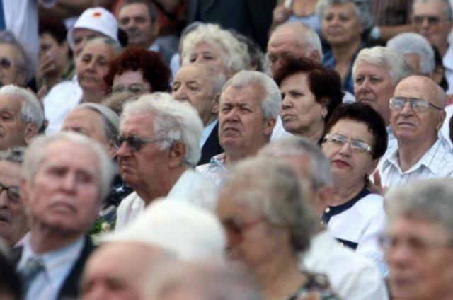 bunicii-comunitatii